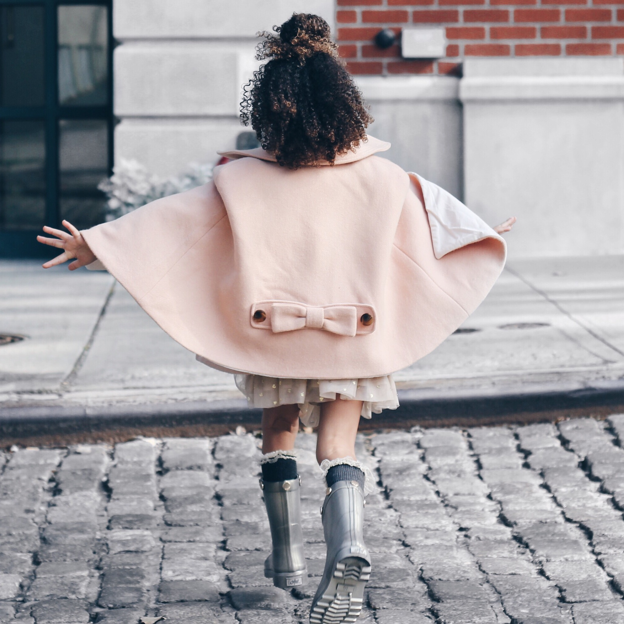 10 capes to wear now